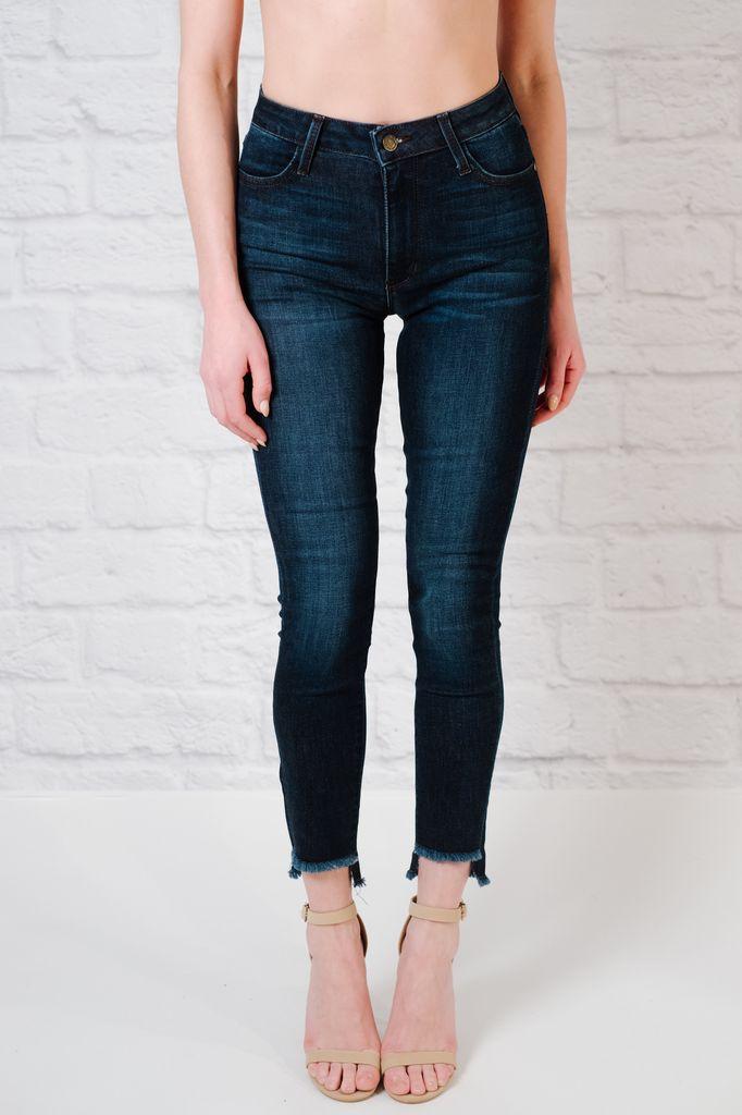 Jeans Fray step hem jeans