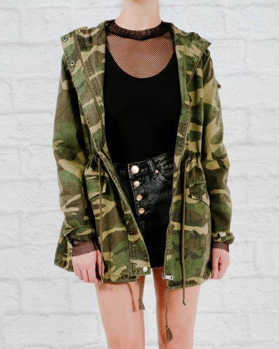 Lightweight Hooded cammo jacket
