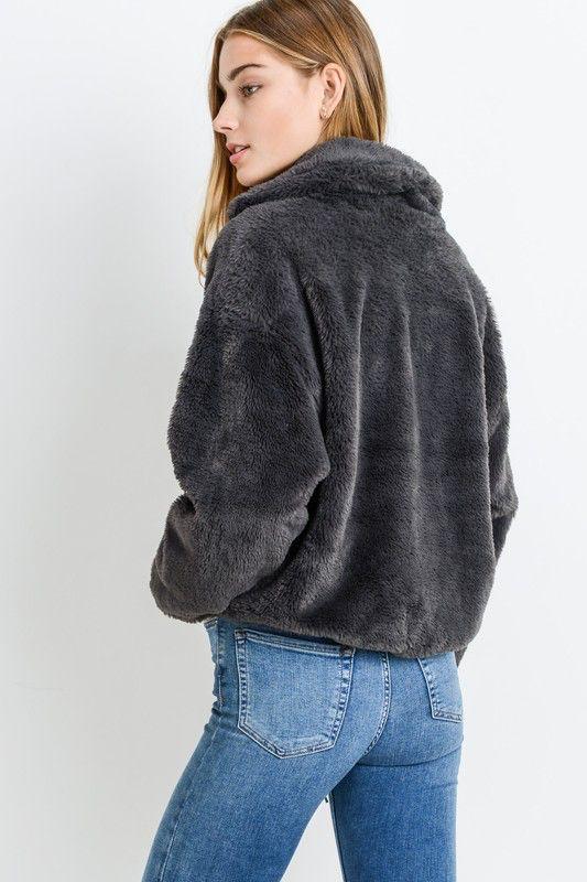 Paper Crane Short Fur Jacket with drawstring hemline