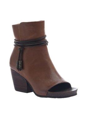 Consolidated Shoe Co. Vagabond shoe