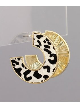 Golden Stella Animal print flat curve earrings