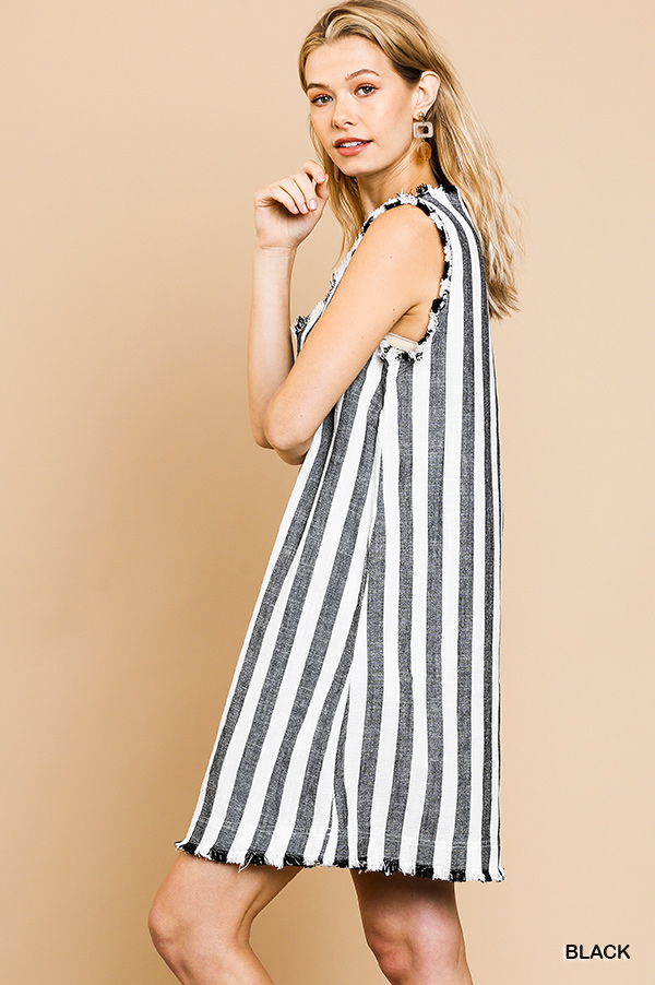 Umgee Linen blend striped sleeveless v neck shift dress