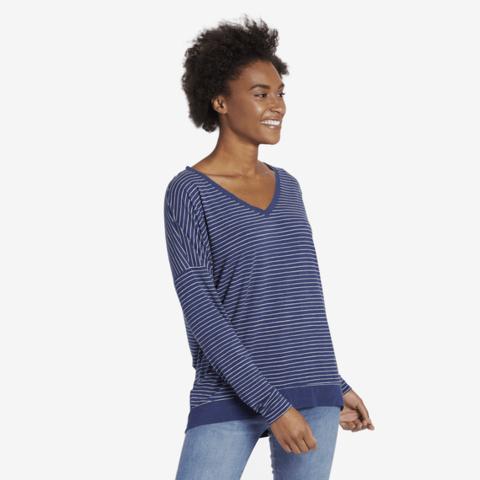 Womens Supreme Pullover Vee, Stripes