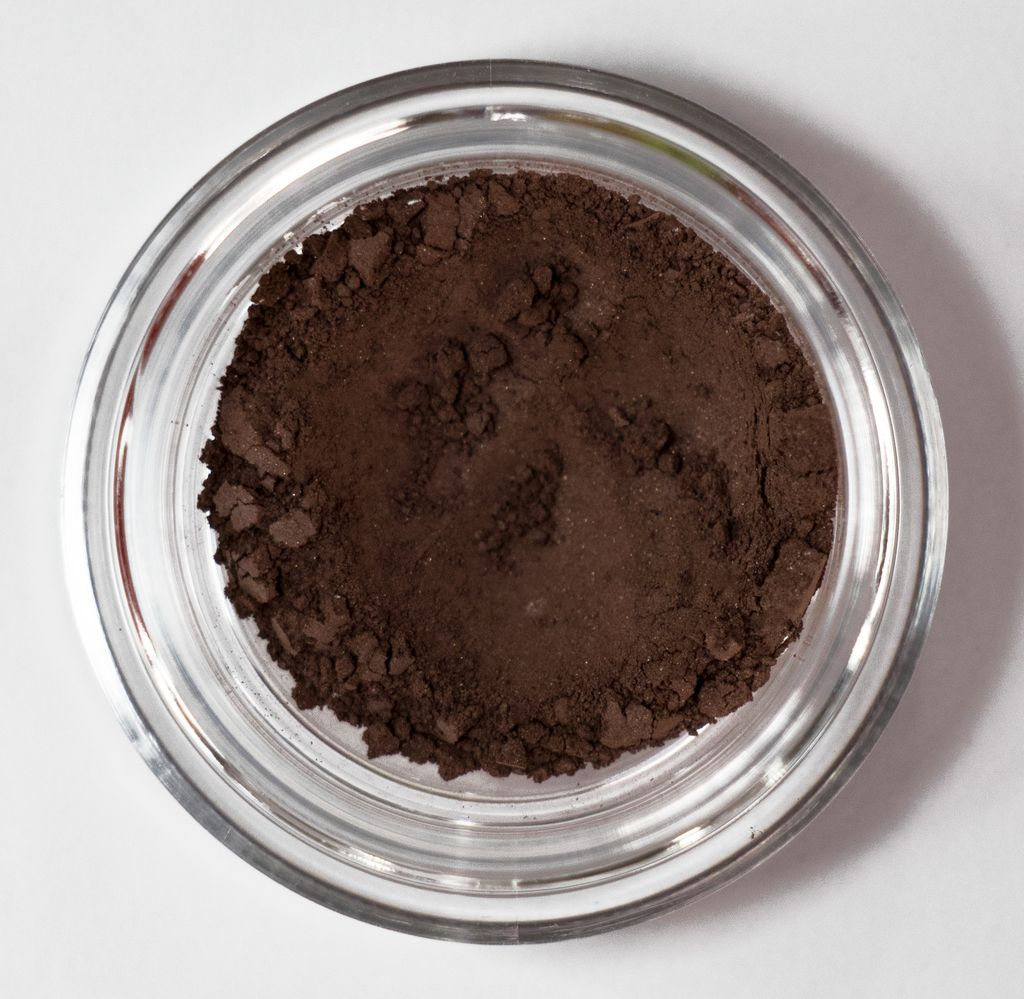 warm red brown eyeshadow