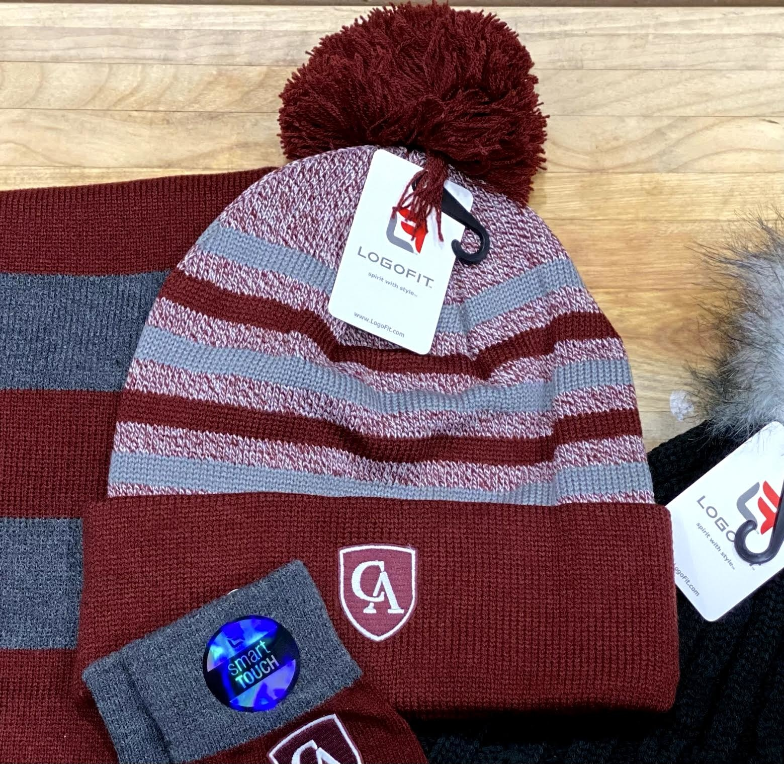 LogoFit Logofit Doc yarn cuff stripe hat with pom
