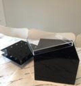 16 black acrylic flower box w/ clear lid w/ roses