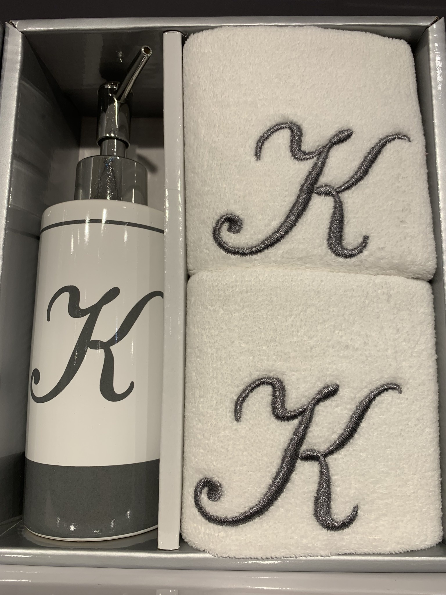 K- Monogrammed Lotion Pump and Fingertip Set