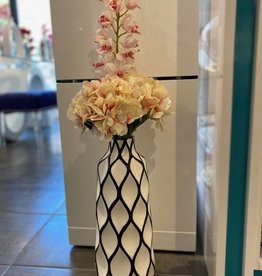 Abstract Lattice Vase w/ hydrangeas