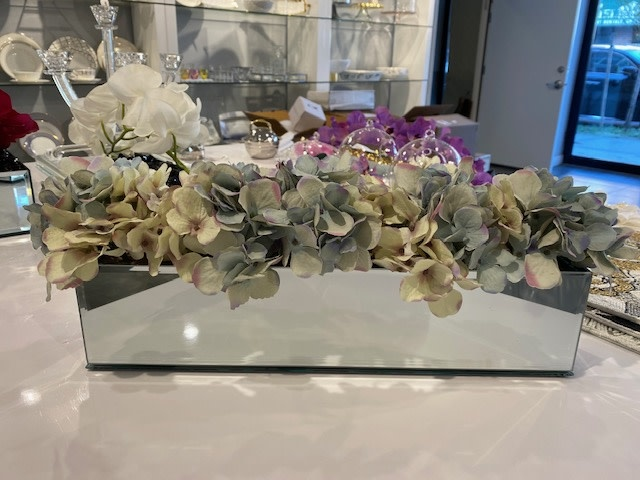 "18"" Mirror Vase with Blue Hydrangeas"