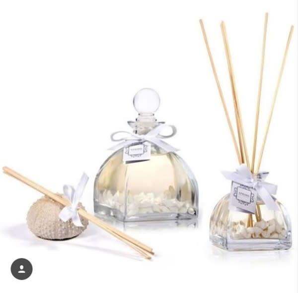Reed Diffuser- White Flower Sea Shells 280 ML