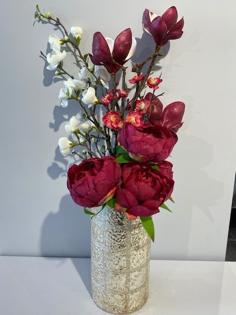 """Etched Line Gold Lusture 10"""" Vase With Flowers"""