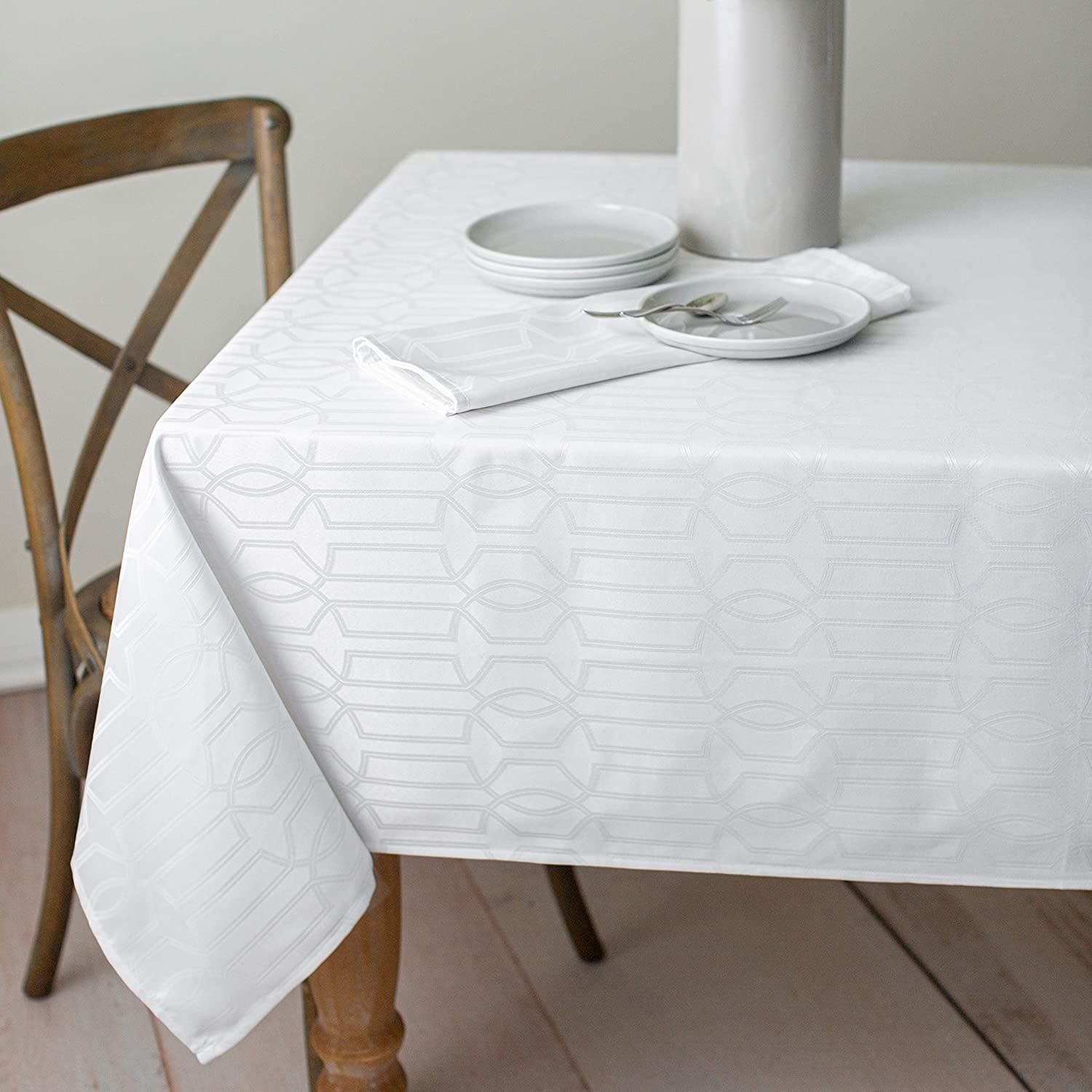 Orelle Spillproof Tablecloth 60 x 120