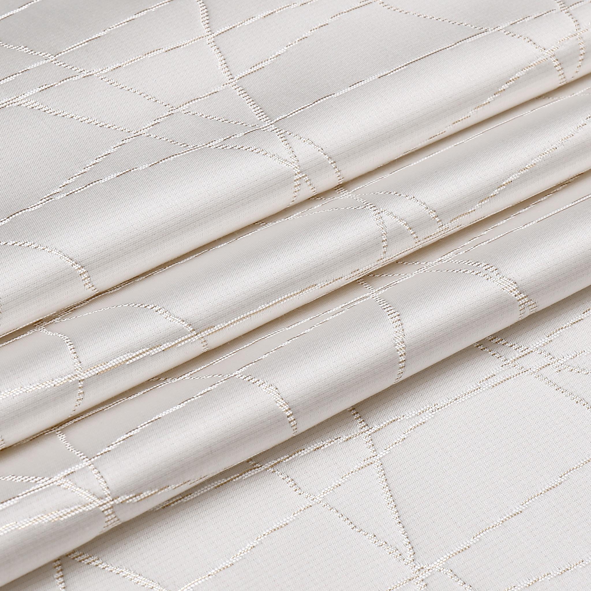 TC1334- 70 x 108 Jacquard White Gold Rays Tablecloth