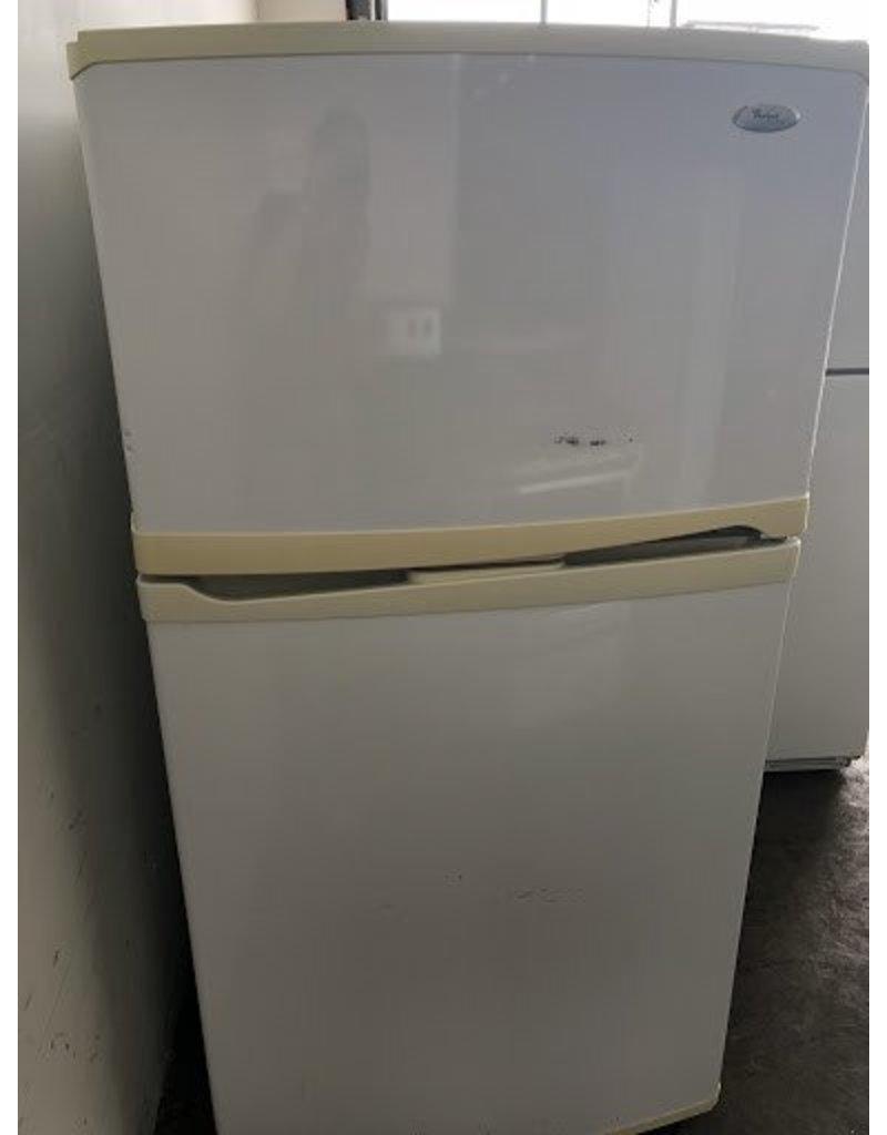 Whirlpool Gold Whirlpool Gold Series Top Freezer W Ice Maker