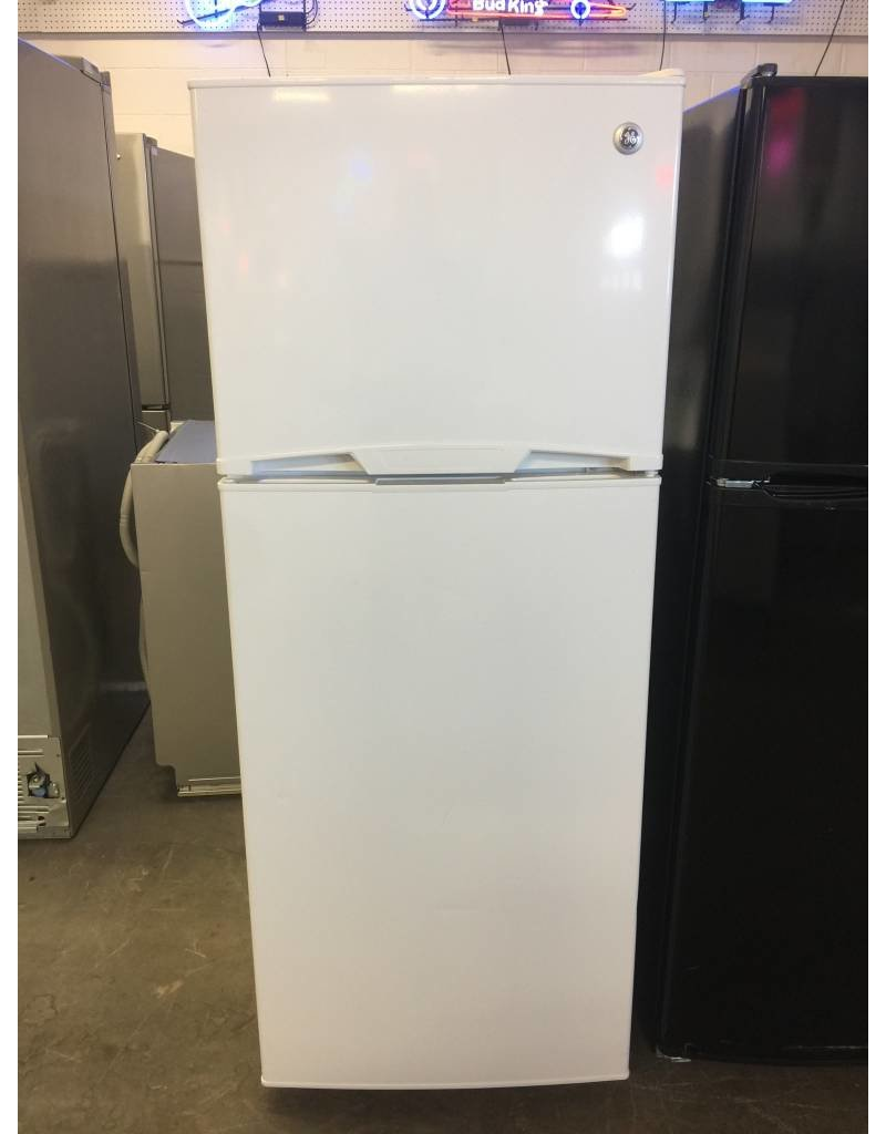 Ge Top Freezer Refrigerator Apartment Sized