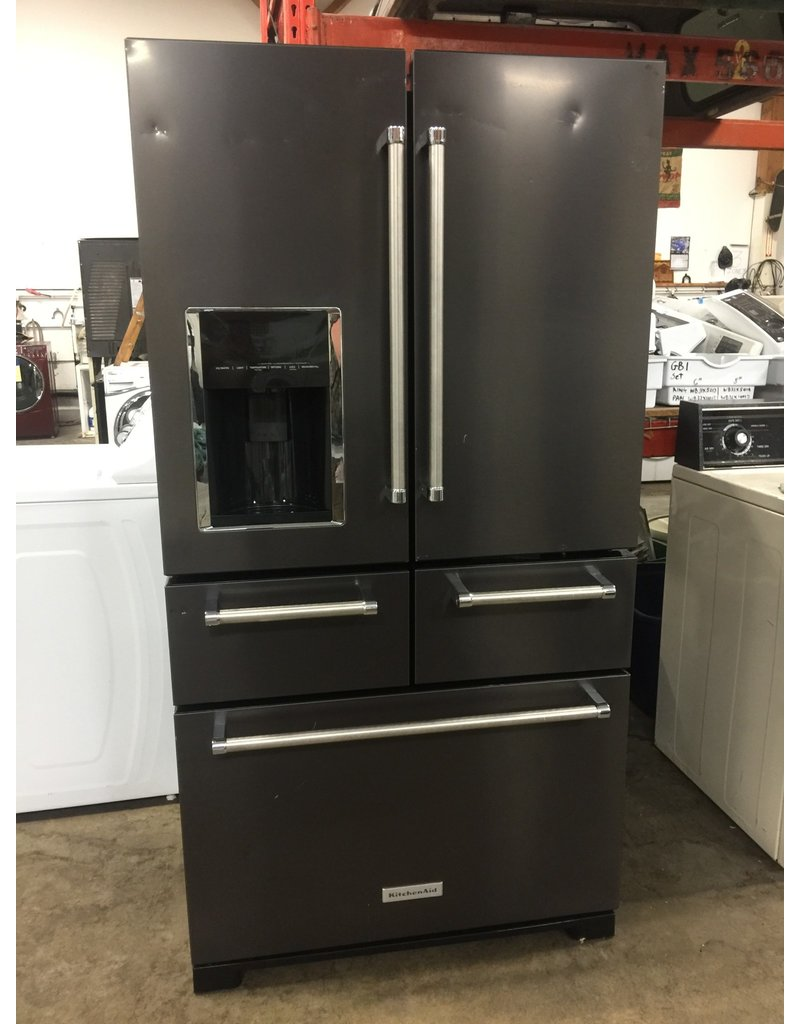 KITCHENAID KITCHENAID FRENCH DOOR BLACK STAINLESS REFRIGERATOR W/PLATINUM  INTERIOR DESIGN
