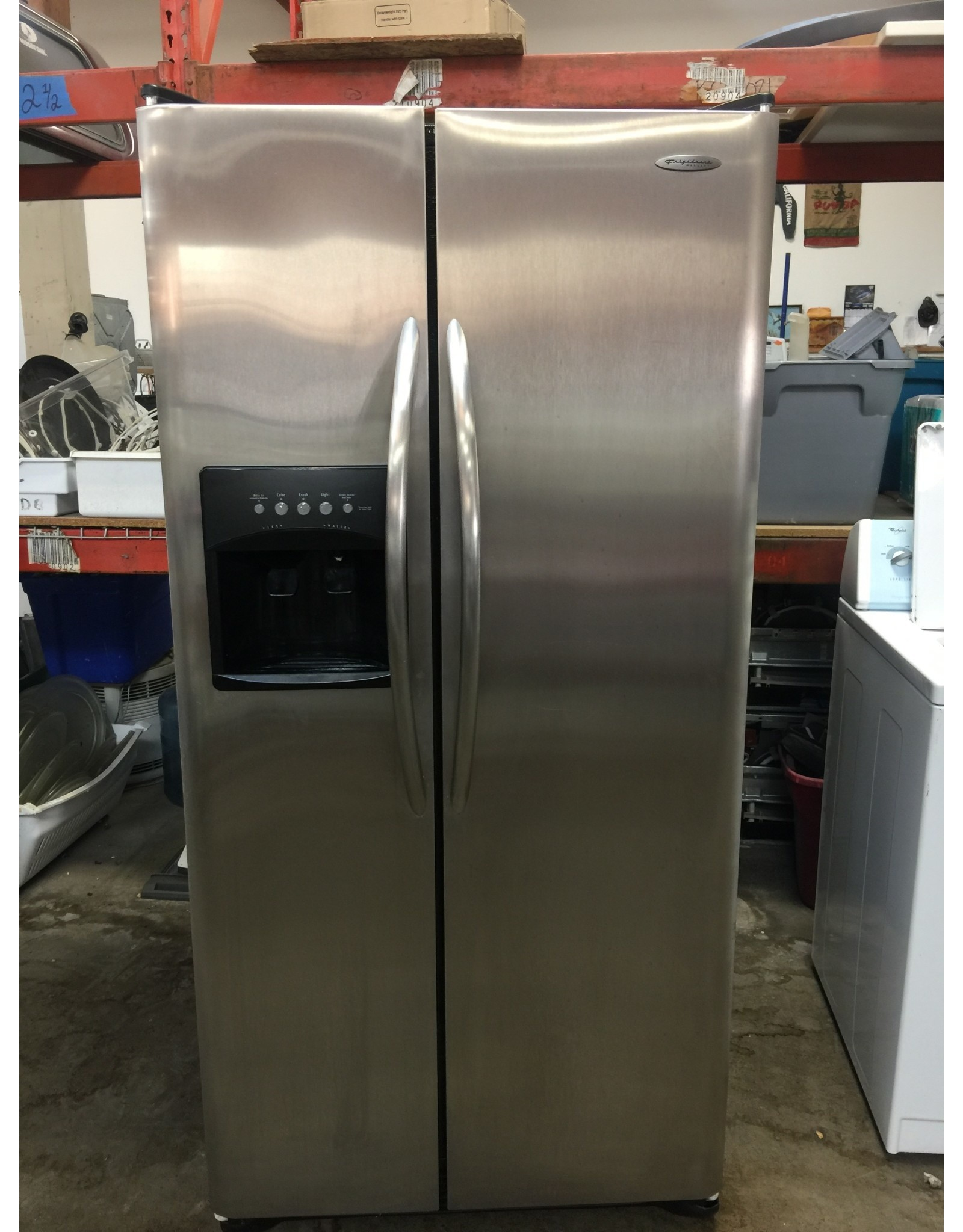 FRIGIDAIRE GALLERY FRIGIDAIRE GALLERY SIDE BY SIDE STAINLESS REFRIGERATOR W/ICE & WATER DISPENSER