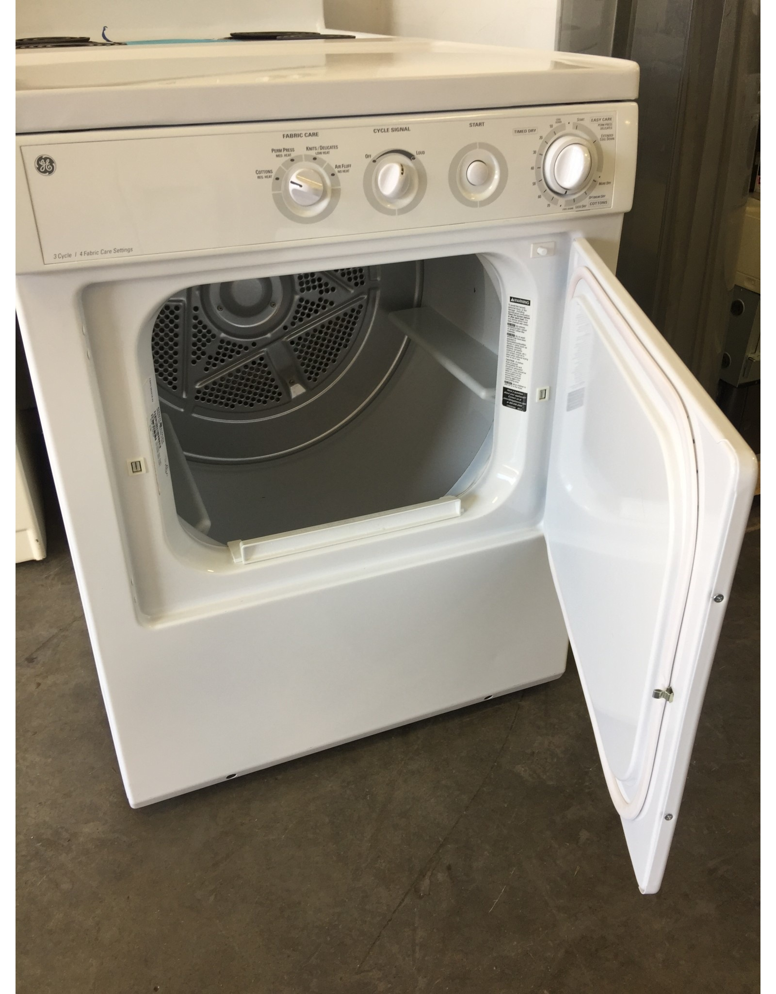 GE GE 3 CYCLE FRONT LOAD DRYER