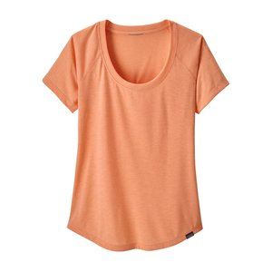 Patagonia W's Cap Cool Trail Shirt Peach Sherbet