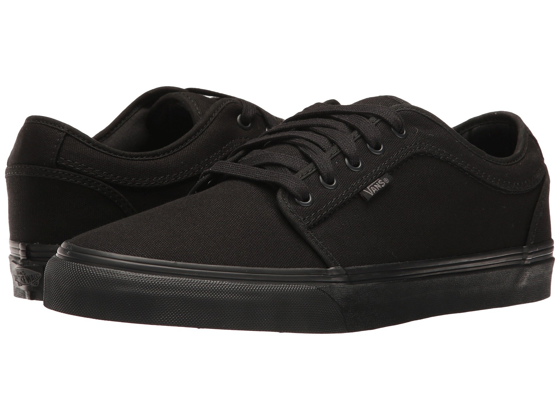 vans chukka low blackout