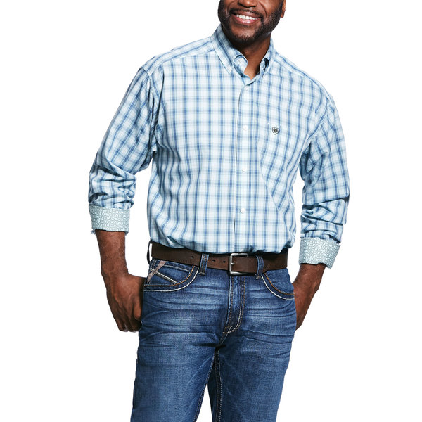 Ariat Men's Wrinkle Free Zineyard Classic Fit Button Down Shirt