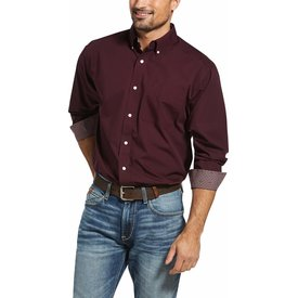 Ariat Men's Wrinkle Free Solid Winetasting Button Down Shirt