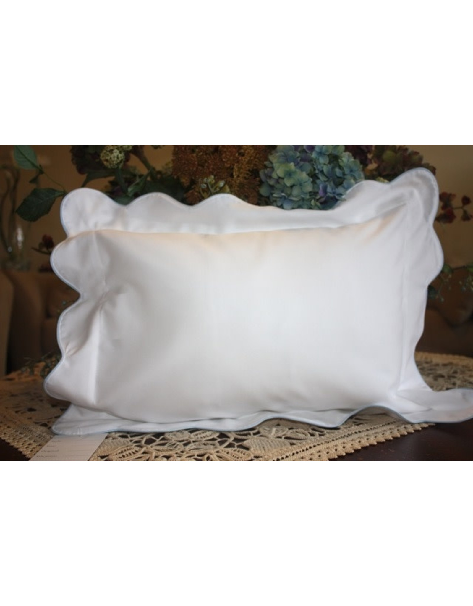 Pillow 2-Tone White Waves Blue Piping