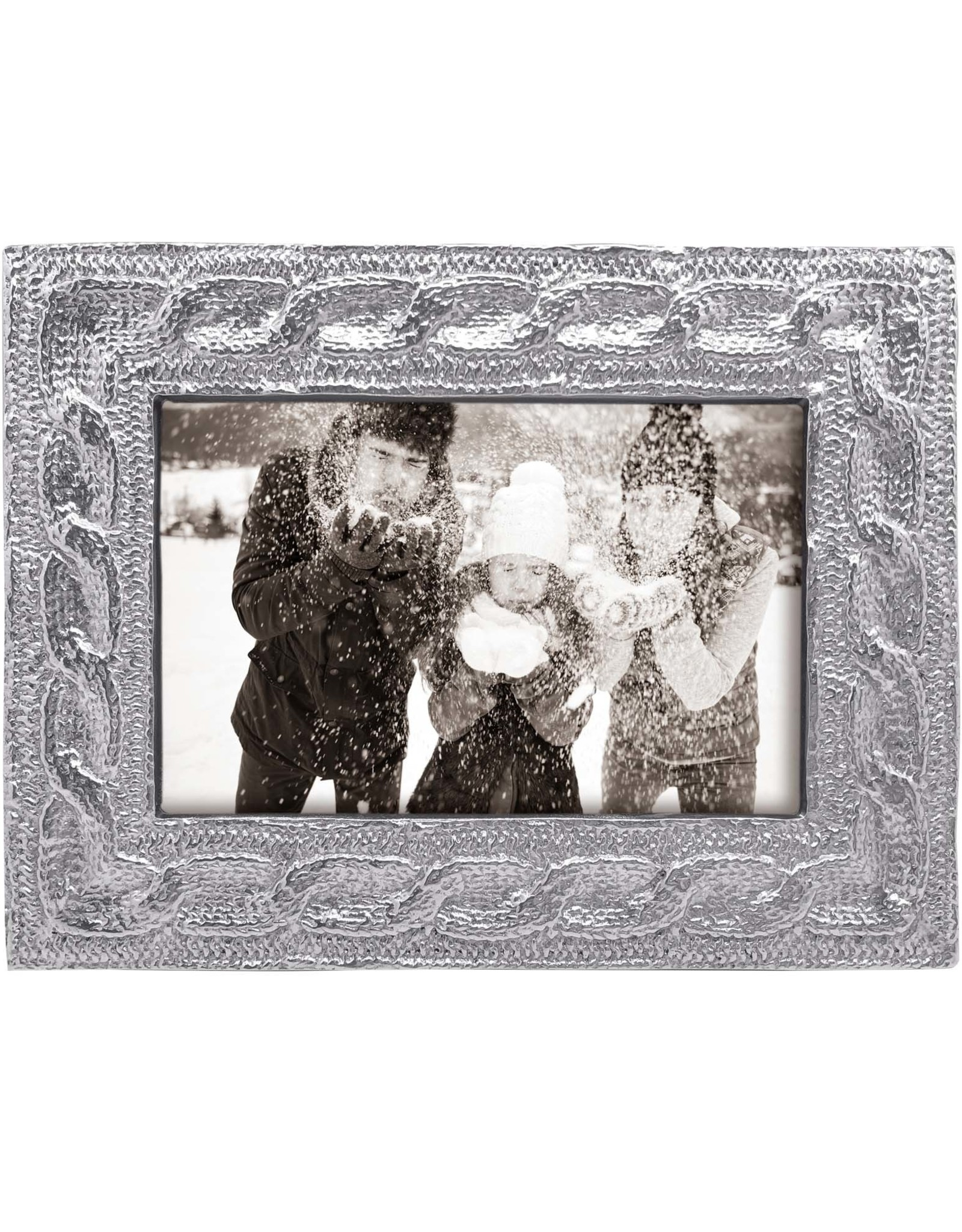 Mariposa Frame Cable Knit 4x6