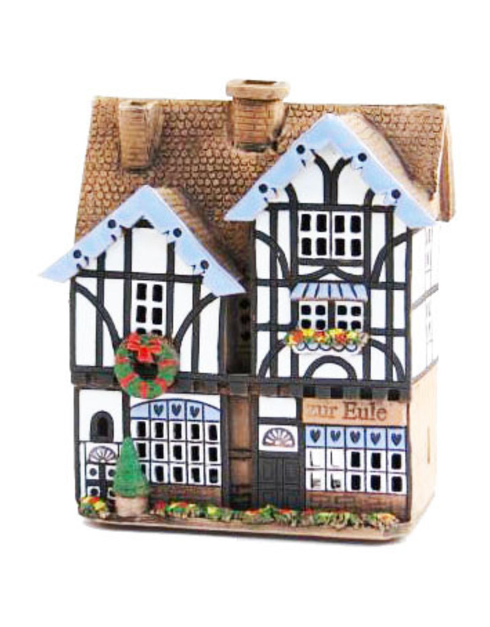 Nordic Dreams Ceramic candle house