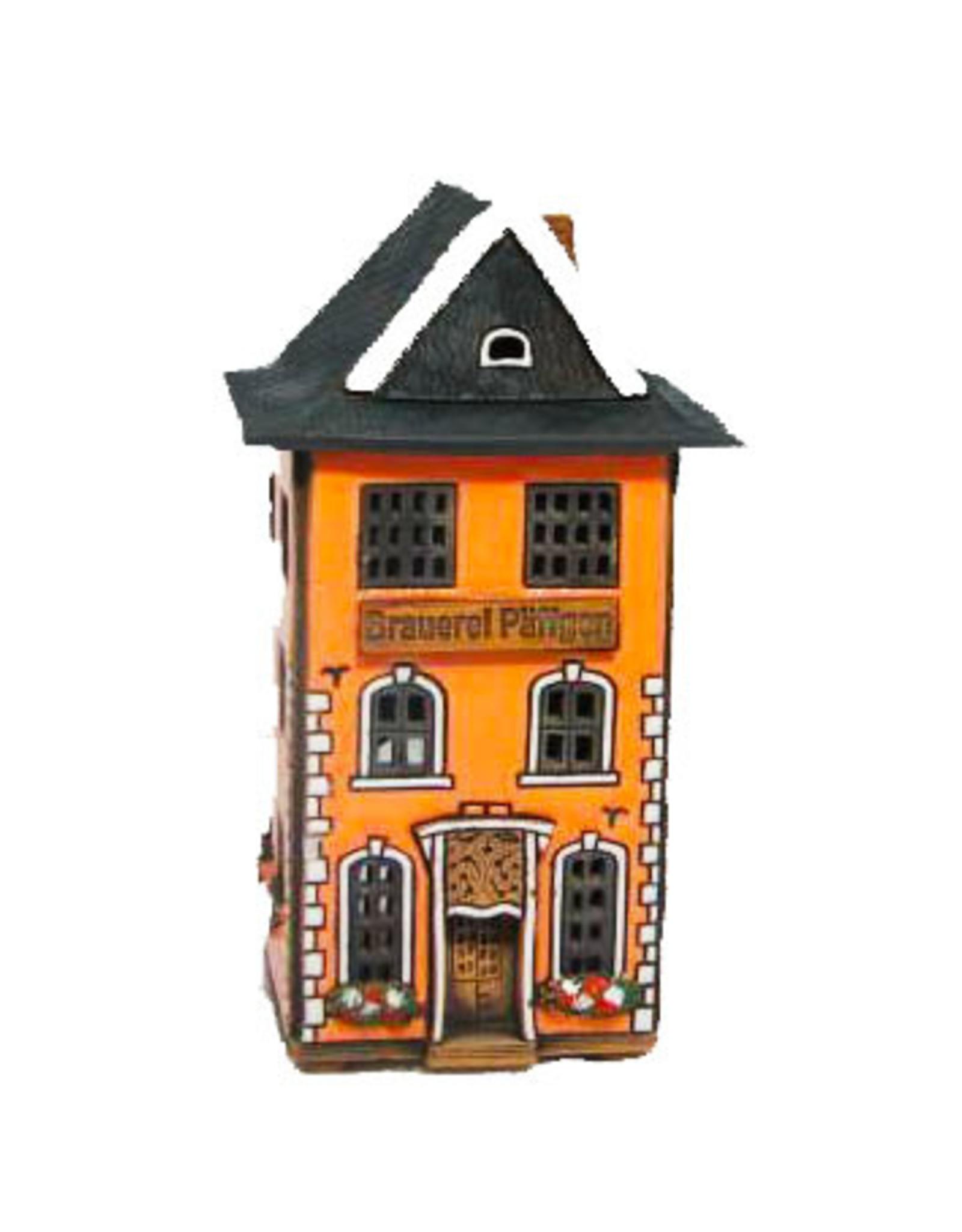 Brauerei zum Pfaffen--Köln candle house