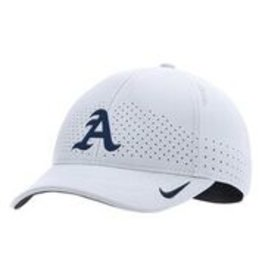 Nike Adjustable Nike Cap White
