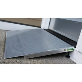 EZ Access TRANSITIONS® Angled Entry Ramp