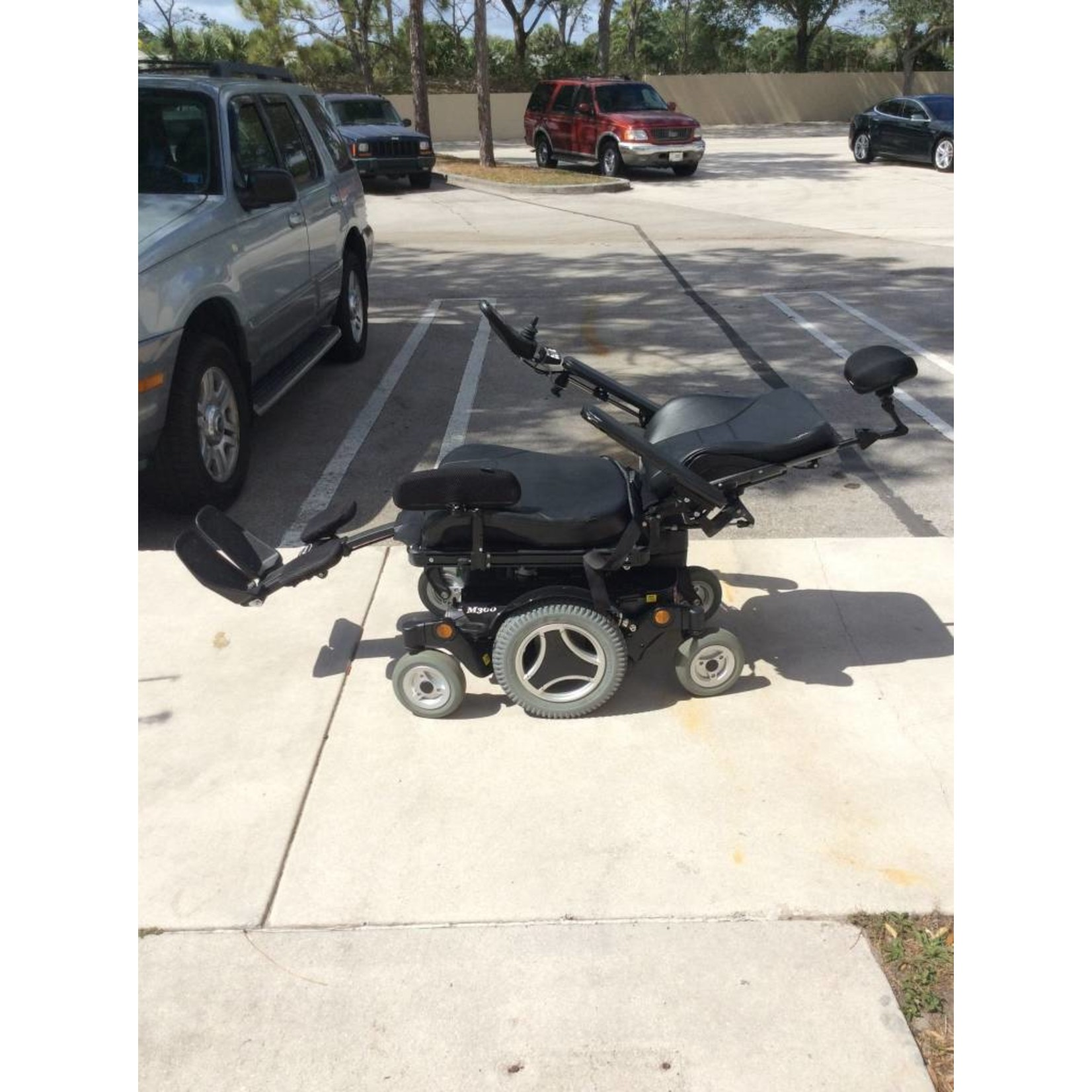 Pre-Owned  007128 permobil M300 PWC