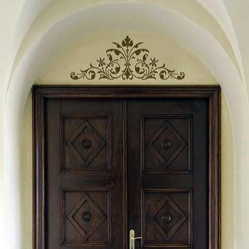 Royal Design Studio Renaissance Door Crown