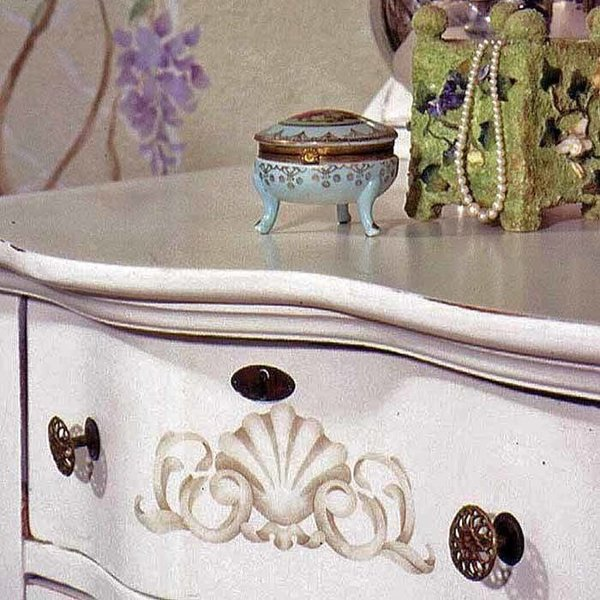 Royal Design Studio Shell Onlay Classic Panel and Furniture Stencil