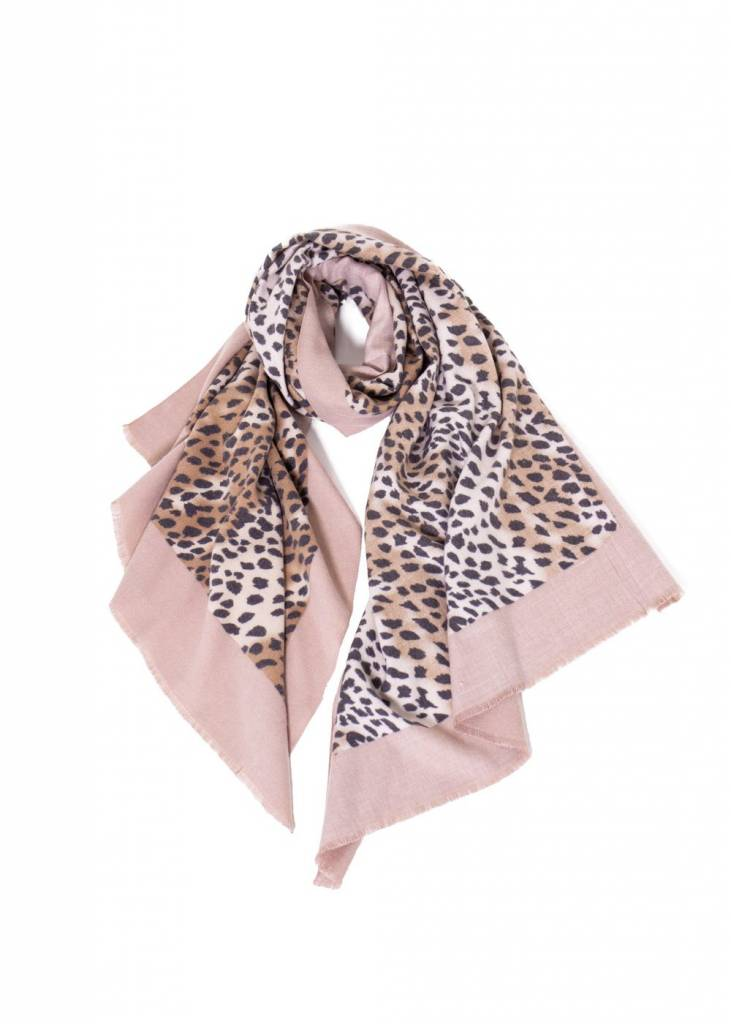 Look by M Cashmere Blend Cheetah Scarf