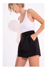 Black Swan Platte Short