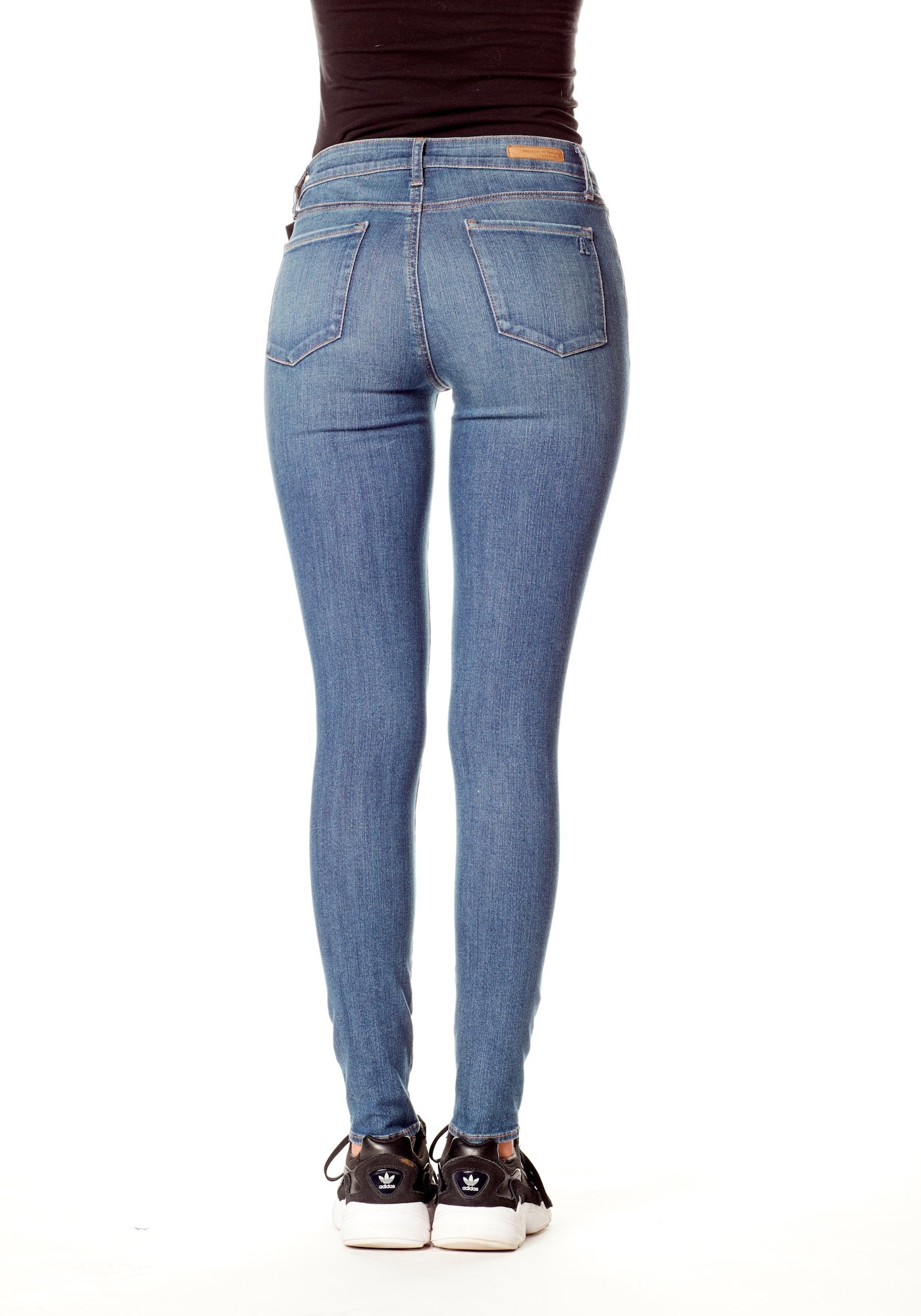 ARTICLES OF SOCIETY Sarah Mid Rise Skinny