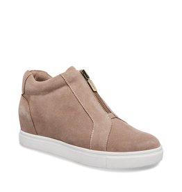 Blondo Glenda Zip Up Sneaker