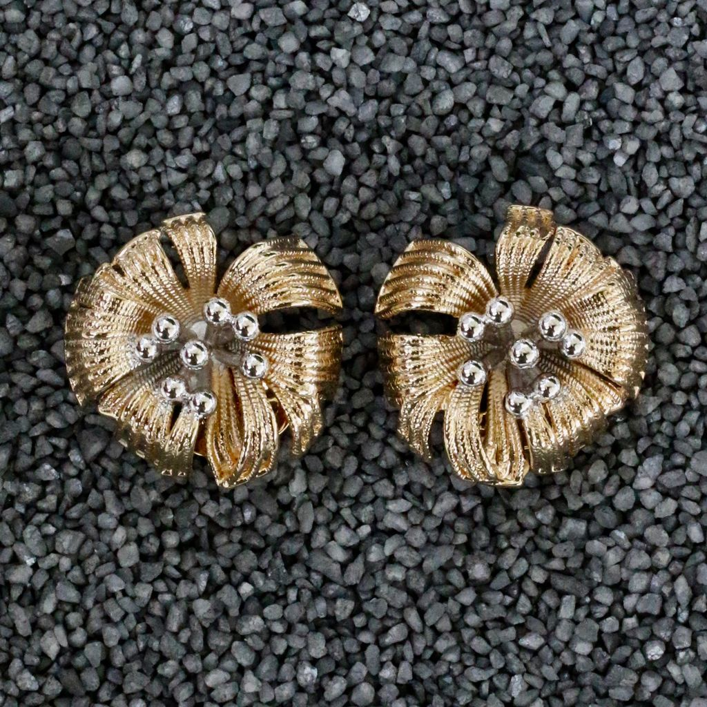 Jewelry VCExclusives: Flower Gold and Silver Balls