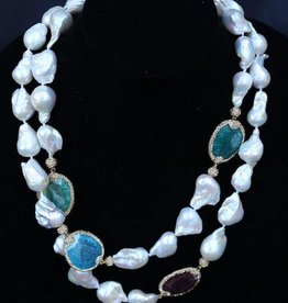 Jewelry VCExclusives: Long Pearls with Semi Precious