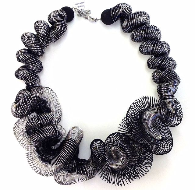 Jewelry VCExclusives: Volute Silver and Black