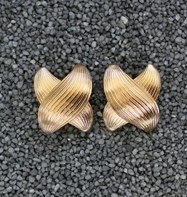 Jewelry VCExclusives: Bow Gold X