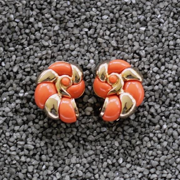 Jewelry VCExclusives: Conch Coral and Gold