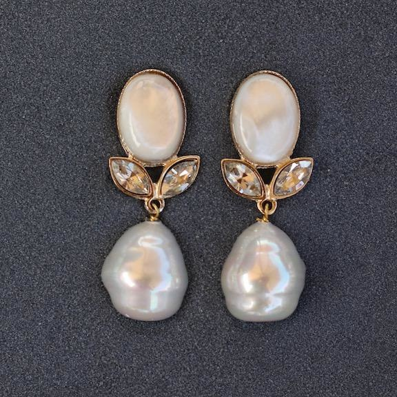 Jewelry VCExclusives: Linda White Pearl Pierced
