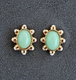Jewelry VCExclusives: Diane Seafoam Clip