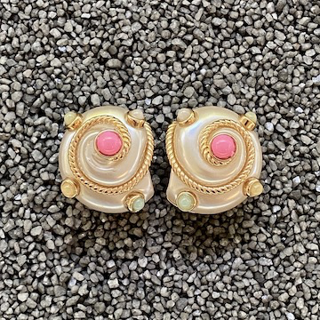 Jewelry VCExclusives: Pearl & Cable Shells w/Pink