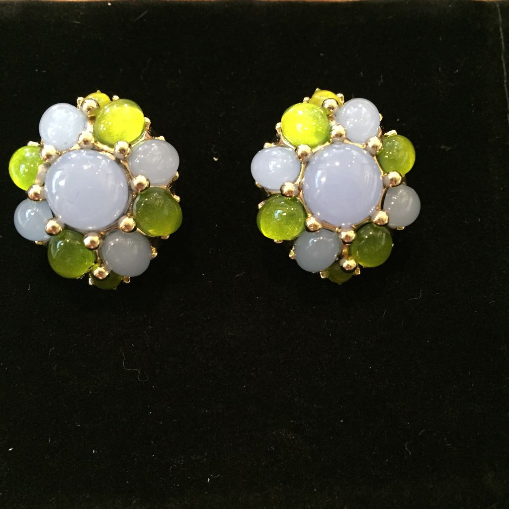 Jewelry VCExclusives: Starburst in Light Blue w/Green Details