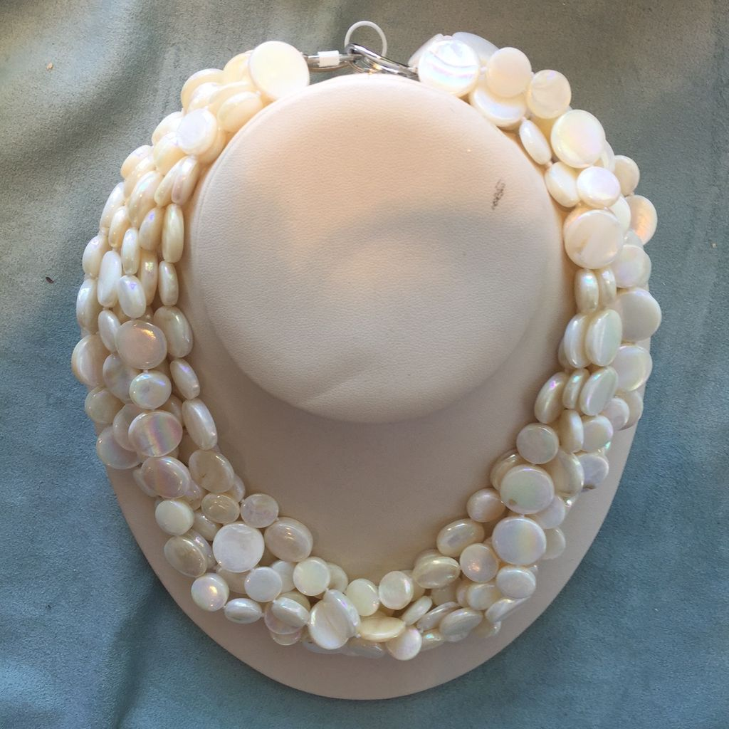 Jewelry VCExclusives: Chimes Glass Beads White