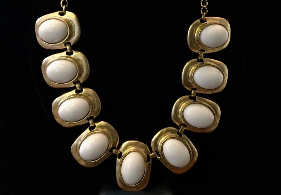 Jewelry KJLane: Bets White & Gold